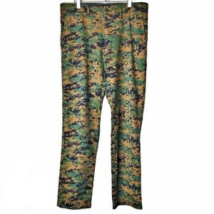 ROTHCO. Men's Combat Tested Camouflage Pants 32